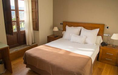 Estancia de 1 o 2 noches en Hotel Villadesella